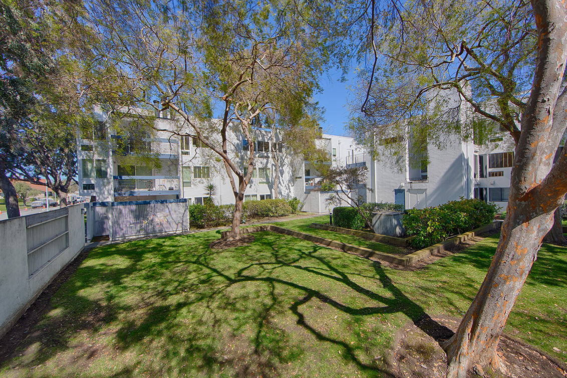 Picture of 1017 Shell Blvd 12, Foster City 94404 - Home For Sale
