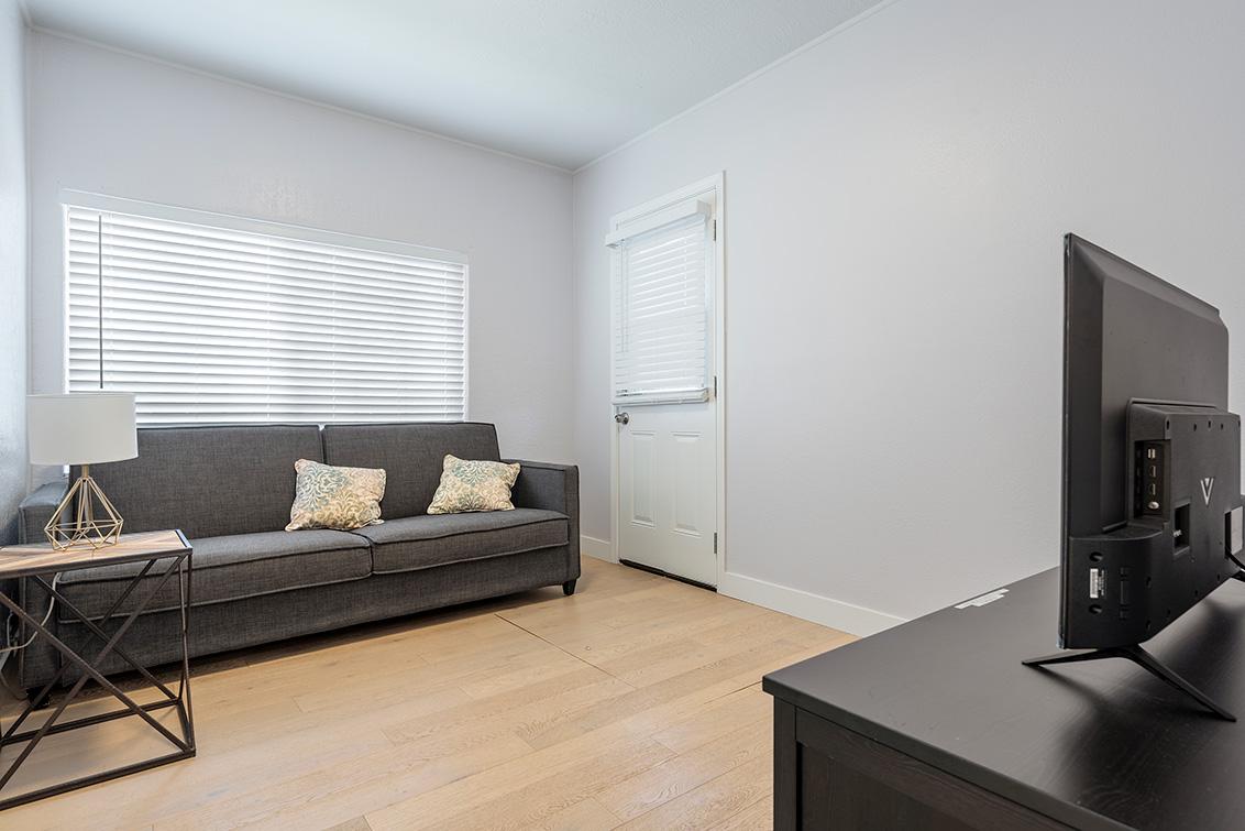 Family Room (A) - 126 E Humboldt St