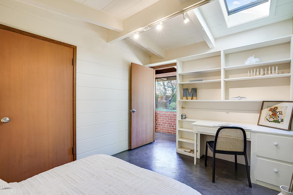 Bedroom 3 (C) - 65 Kirby Pl