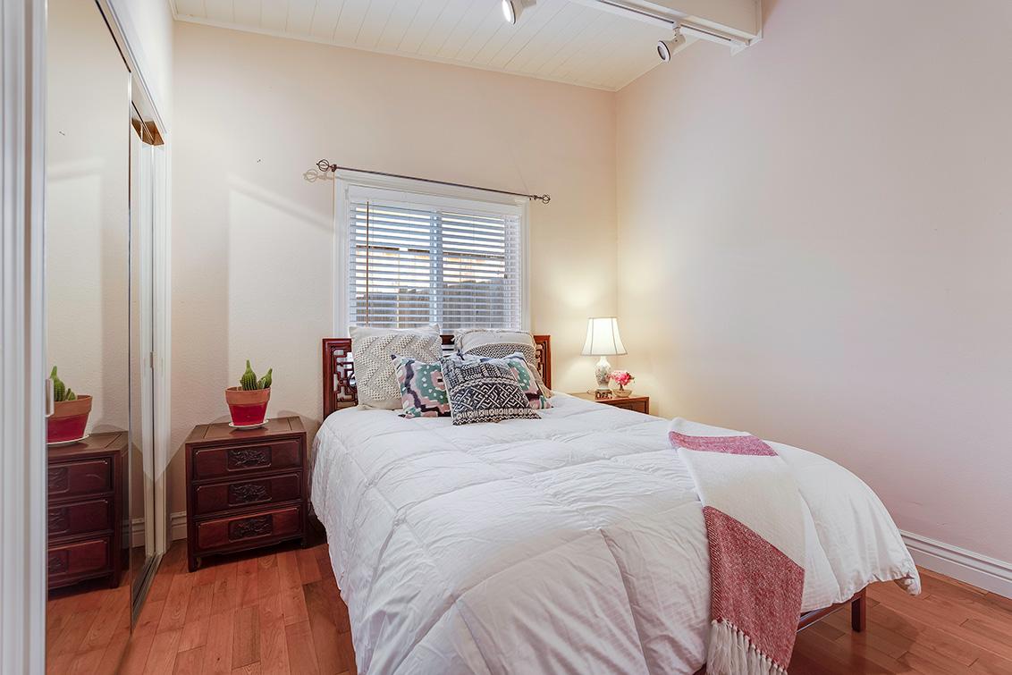 Bedroom 2 (B) - 3932 Park Blvd