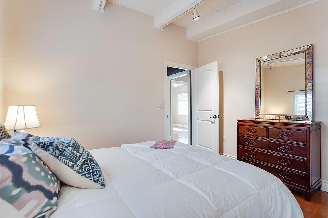 Bedroom 2 (C) - 3932 Park Blvd