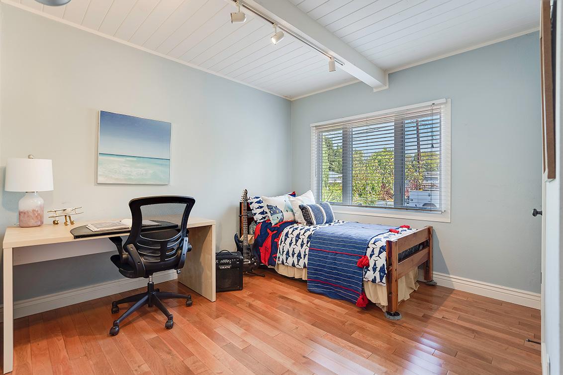 Bedroom 3 (A) - 3932 Park Blvd
