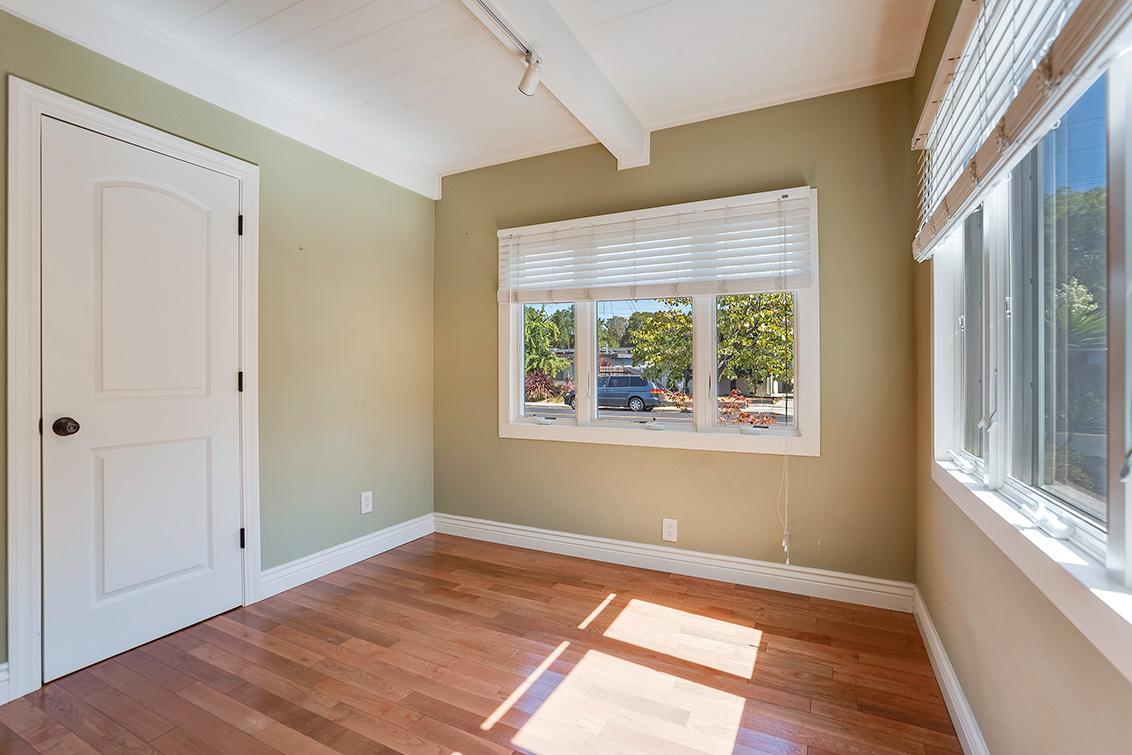 Bedroom 4 (B) - 3932 Park Blvd