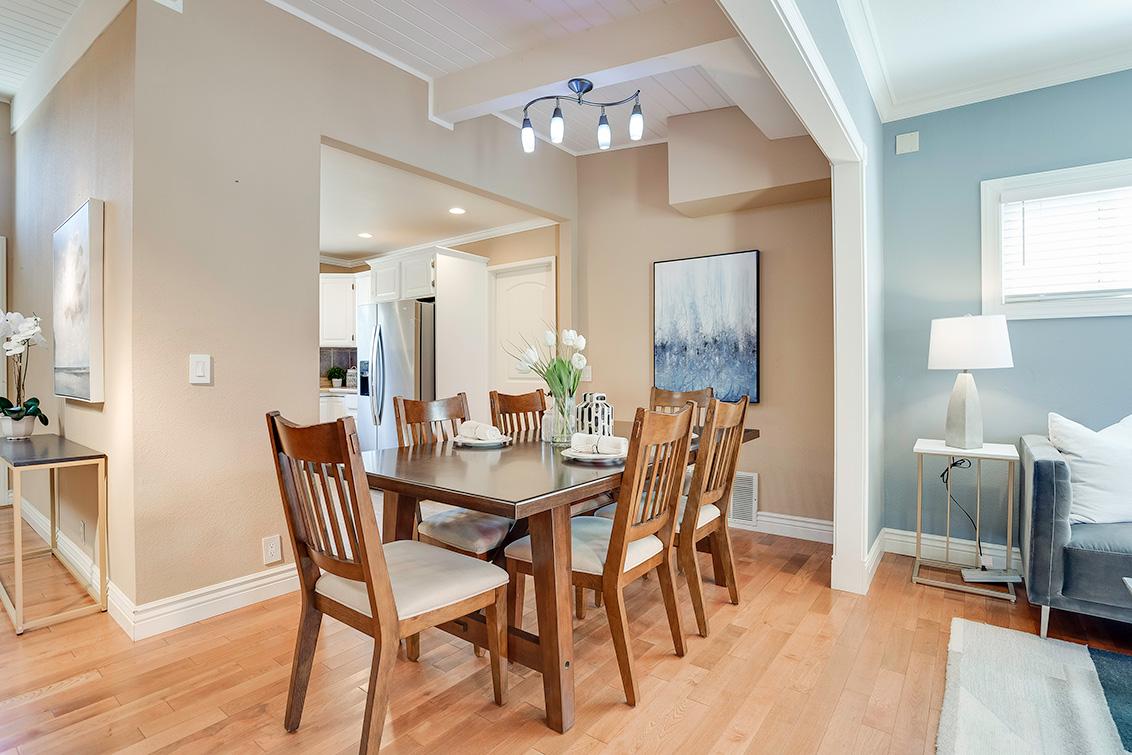 Dining Room (A) - 3932 Park Blvd