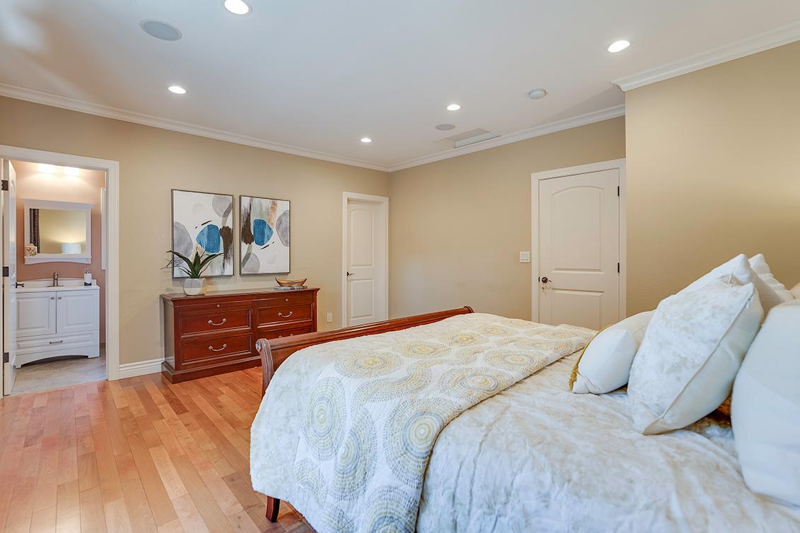 Master Bedroom (D) - 3932 Park Blvd