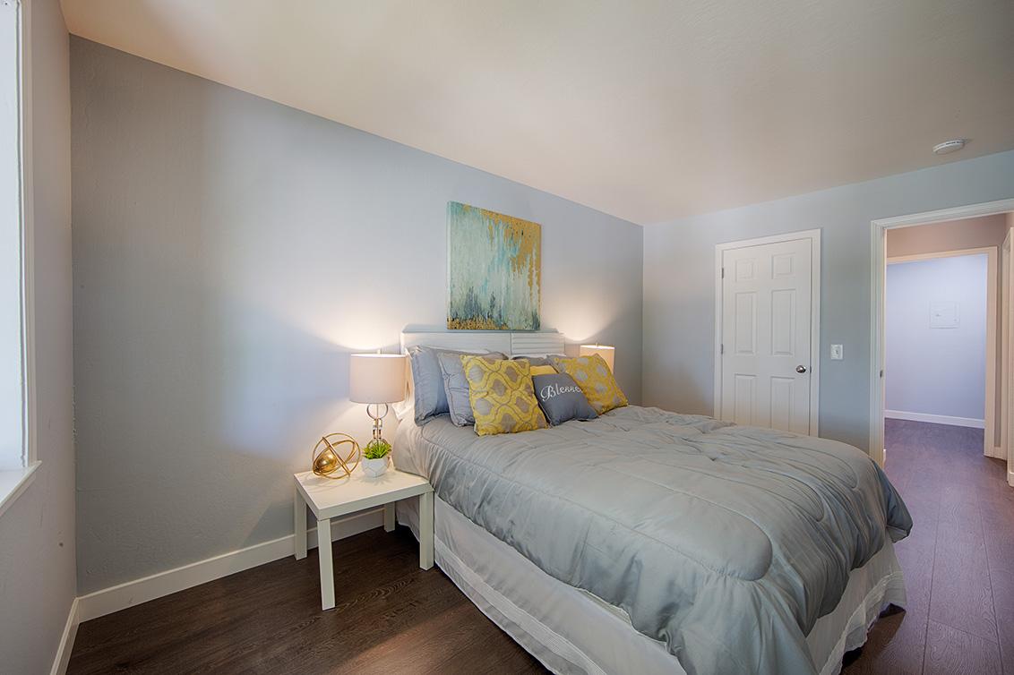 Bedroom 2 (D) - 7150 Rainbow Dr 21