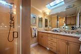 520 Rhodes Dr, Palo Alto 94303 - Master Bath (B)