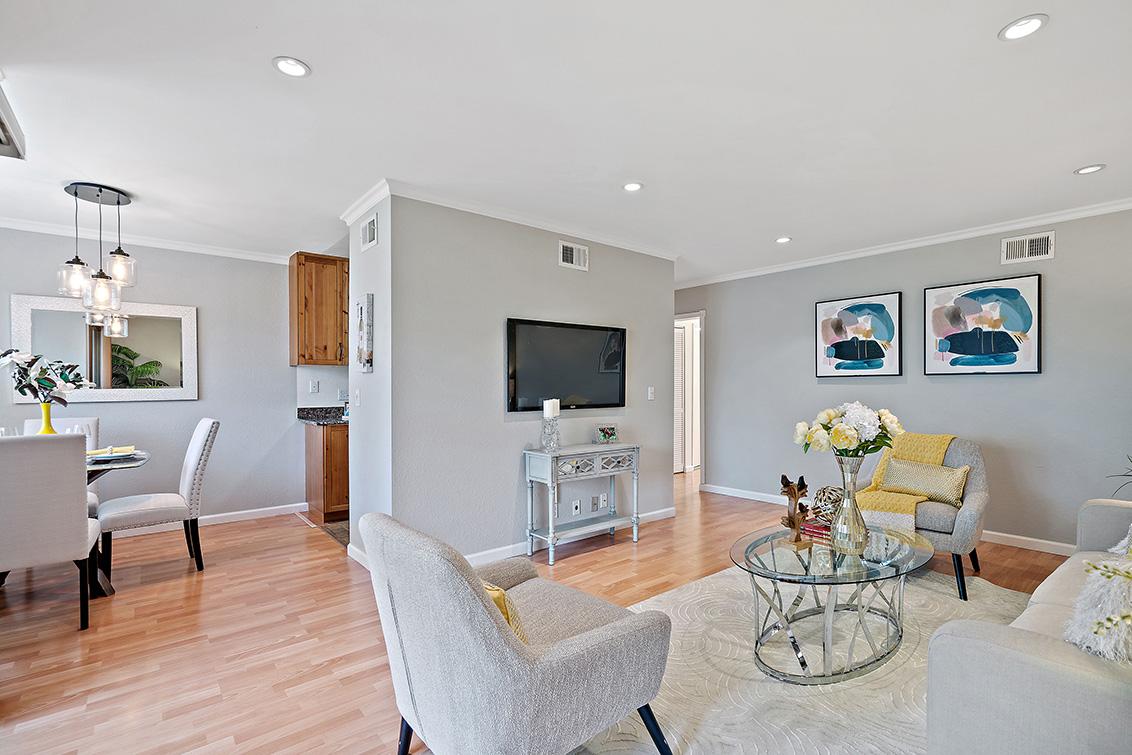 Living Room (B) - 765 San Antonio Rd 56
