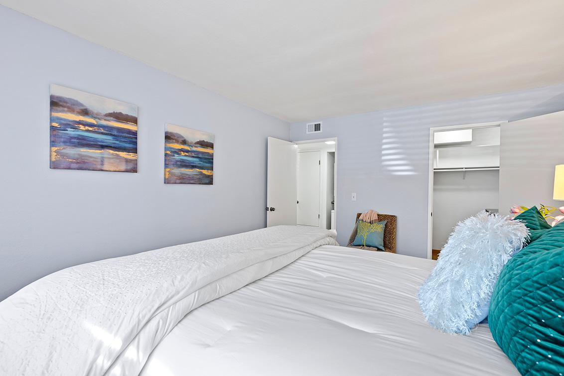 Bedroom 1 (B) - 765 San Antonio Rd 85