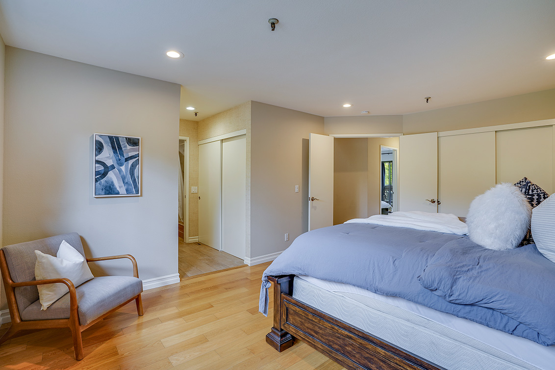 Master Bedroom (C) - 49 Showers Dr F433