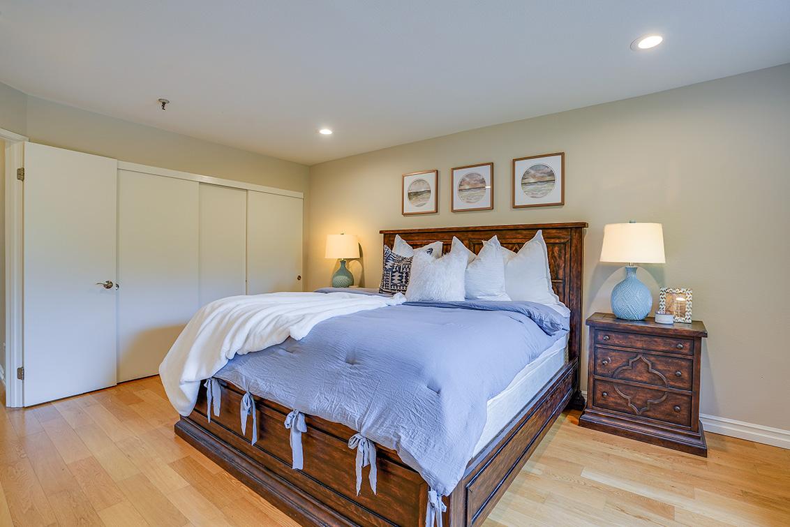 Master Bedroom (D) - 49 Showers Dr F433