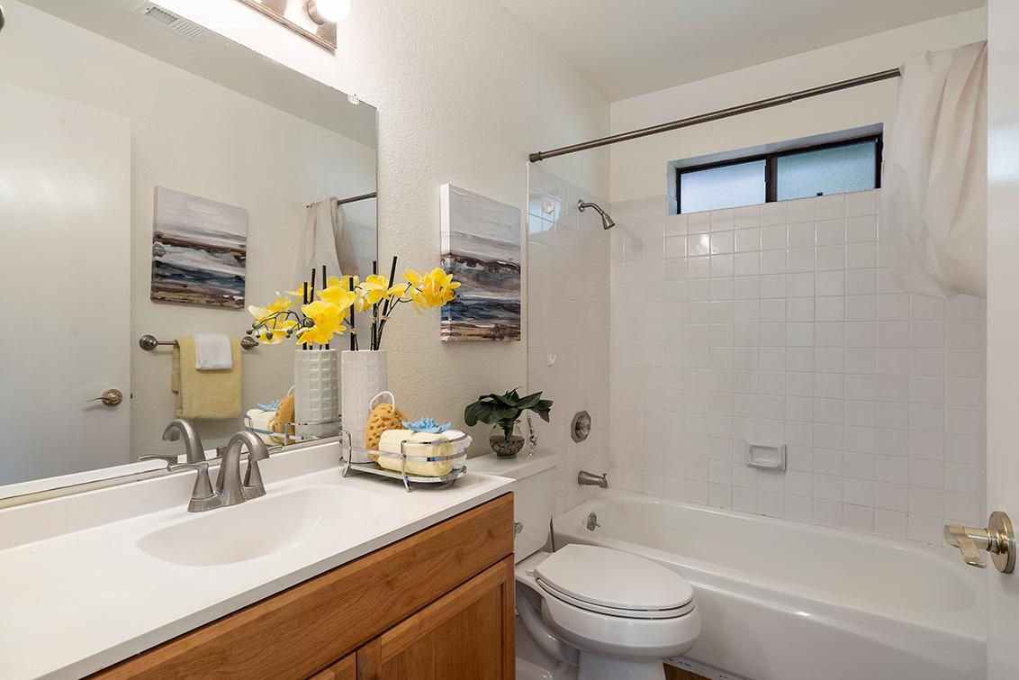 Bathroom 2 (A) - 2572 Village Dr