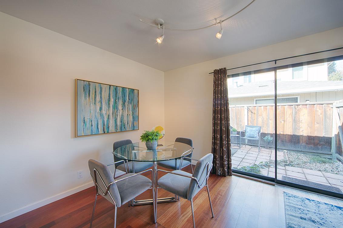 Dining Room (B) - 566 Vista Ave