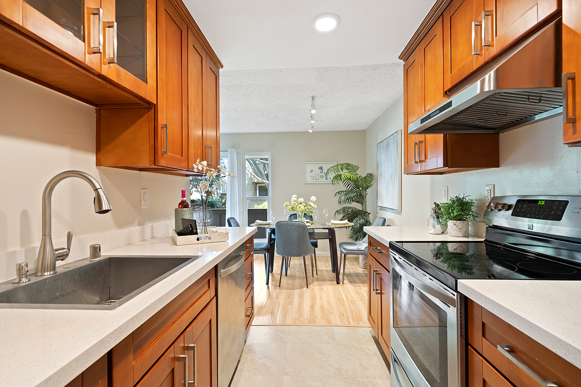 Kitchen (A) - 2456 W Bayshore Rd 9