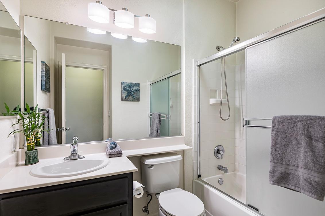 Bathroom 2 (A) - 1311 Wayne Way