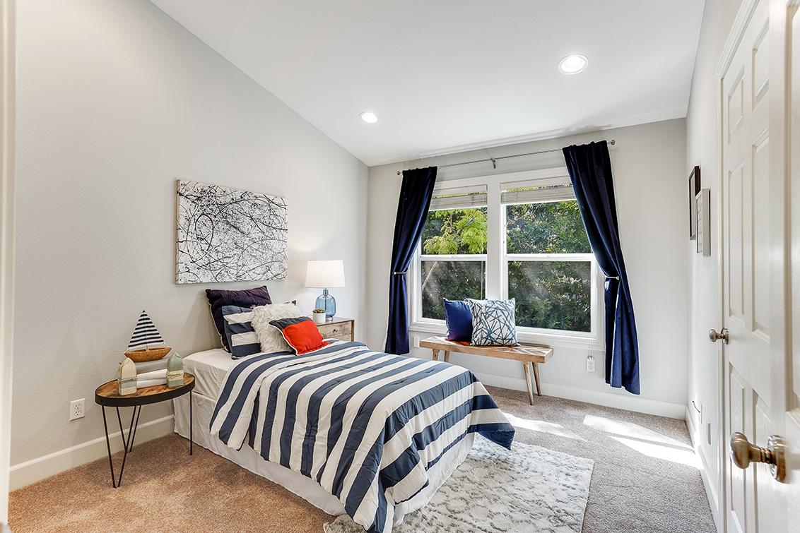Bedroom 3 (A) - 1063 Bonita Ave