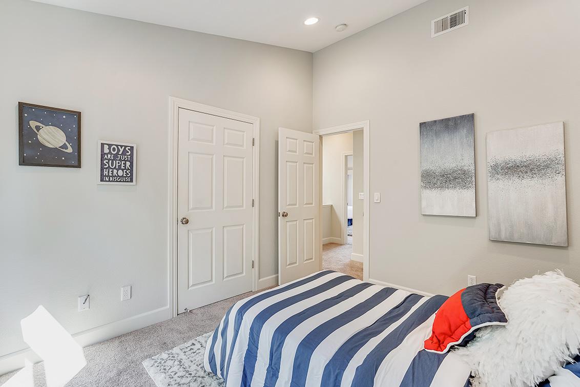 Bedroom 3 (B) - 1063 Bonita Ave