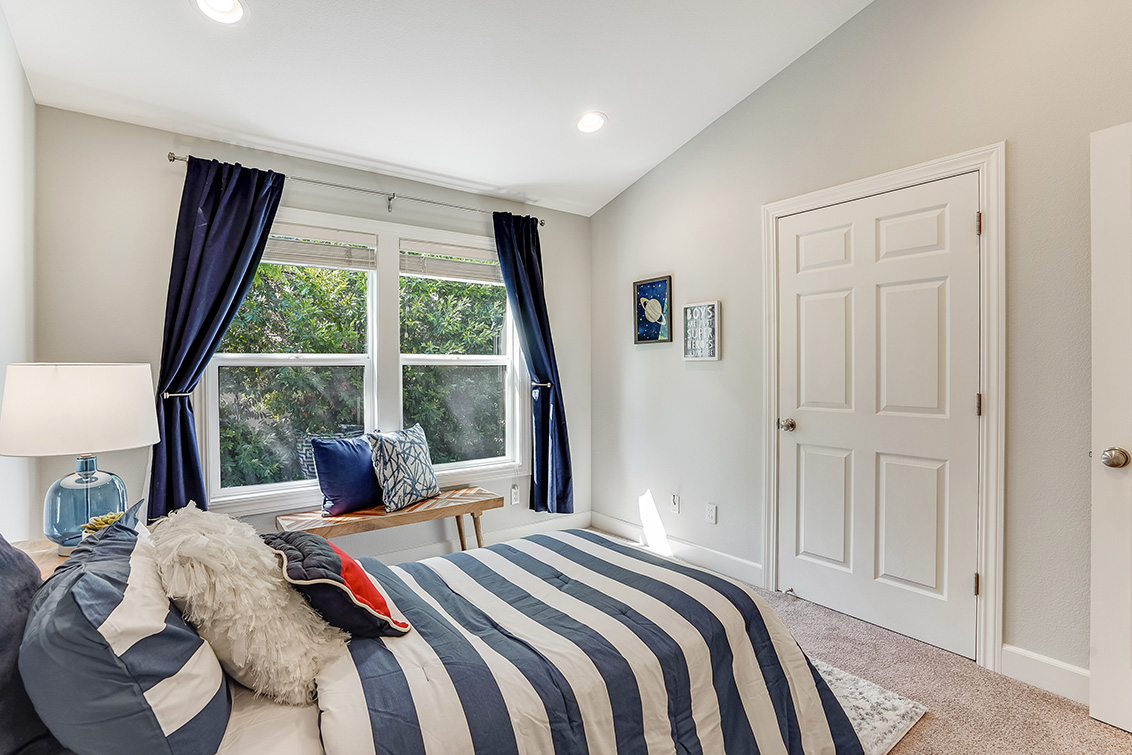 Bedroom 3 (C) - 1063 Bonita Ave
