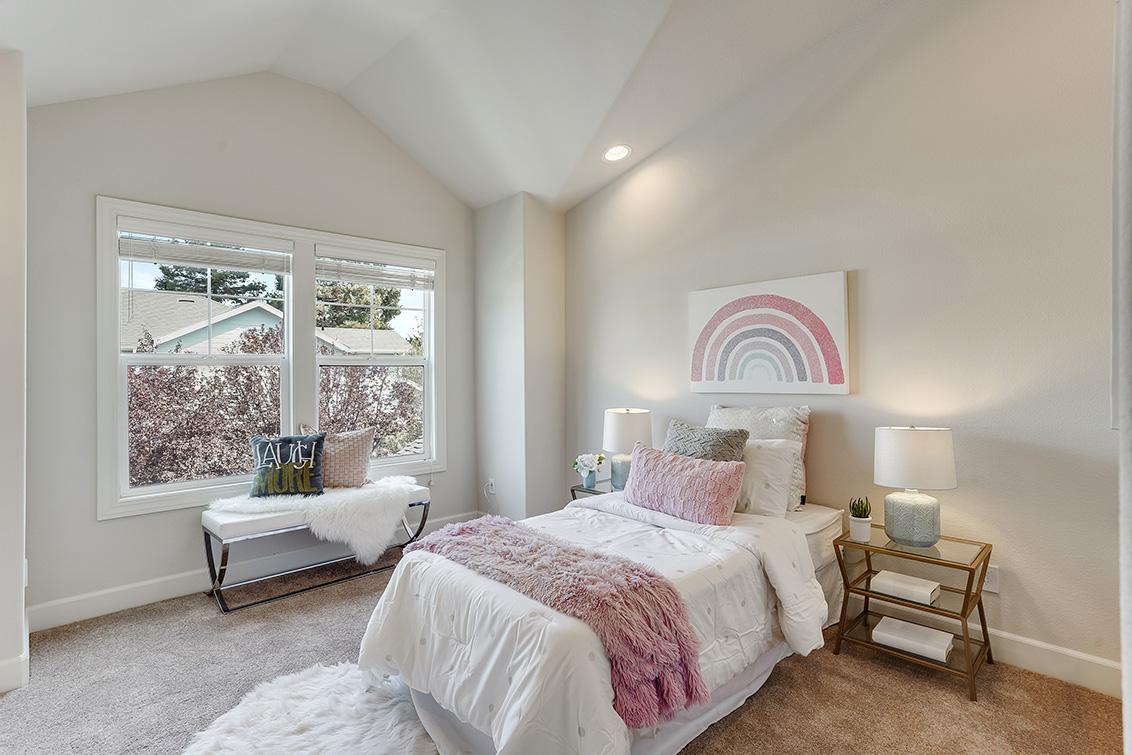 Bedroom 4 (A) - 1063 Bonita Ave