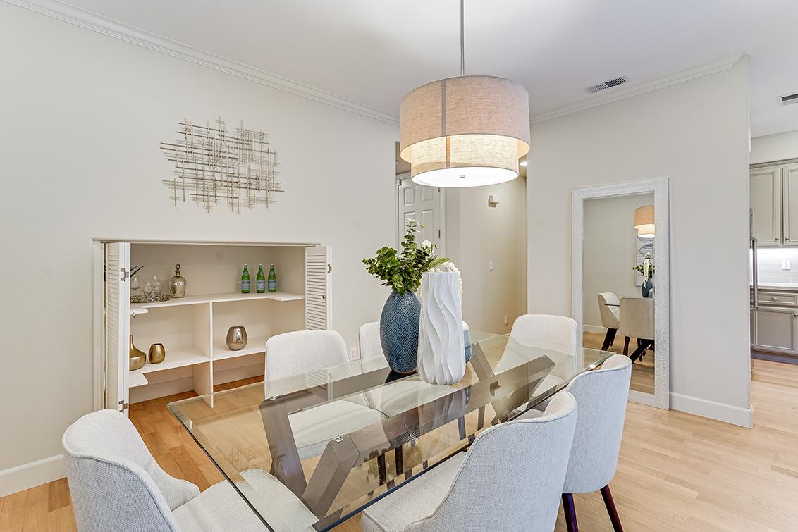 Dining Room (B) - 1063 Bonita Ave