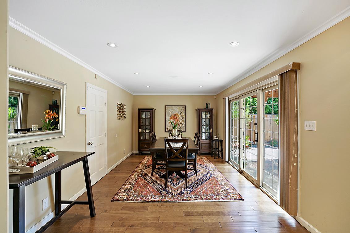 Dining Room (B) - 2419 Fordham Dr