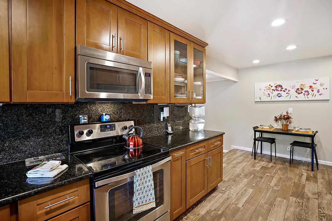Kitchen (B) - 2419 Fordham Dr