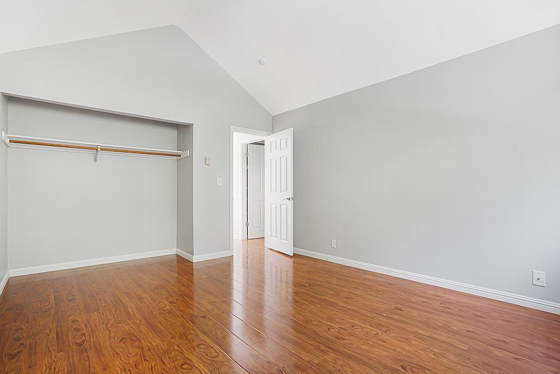 Bedroom 2 (C) - 670 San Antonio Rd 40