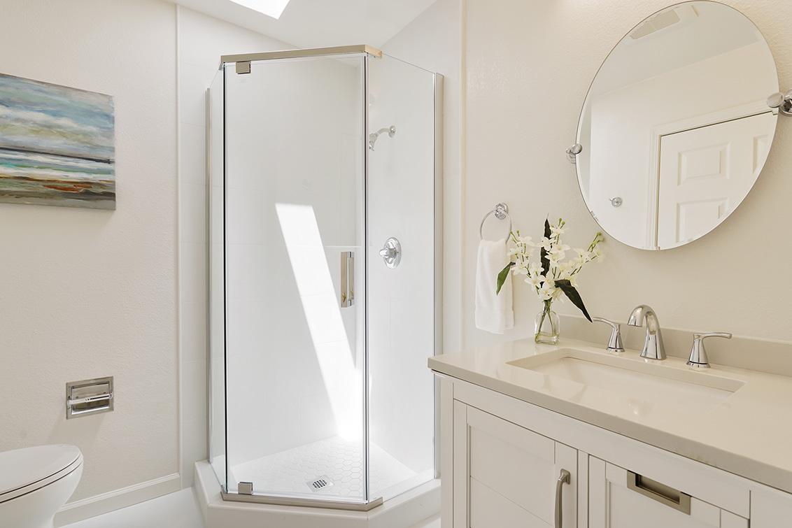 Bathroom 3 (A) - 112 Sleeper Ave