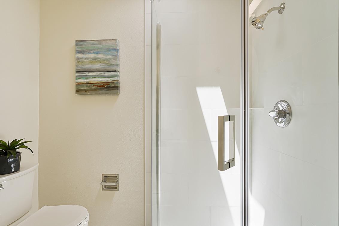 Bathroom 3 (C) - 112 Sleeper Ave