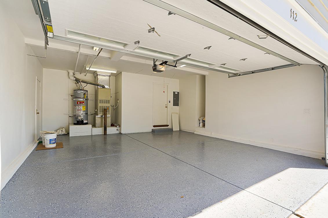 Garage (C) - 112 Sleeper Ave