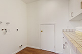 112 Sleeper Ave, Mountain View 94040 - Laundry (A)