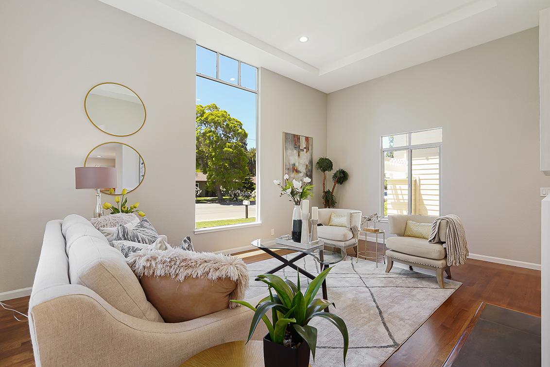 Living Room (C) - 112 Sleeper Ave