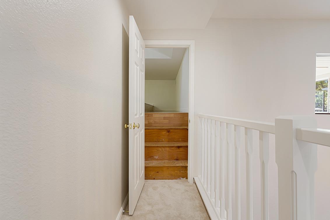 Loft Entrance (A) - 112 Sleeper Ave