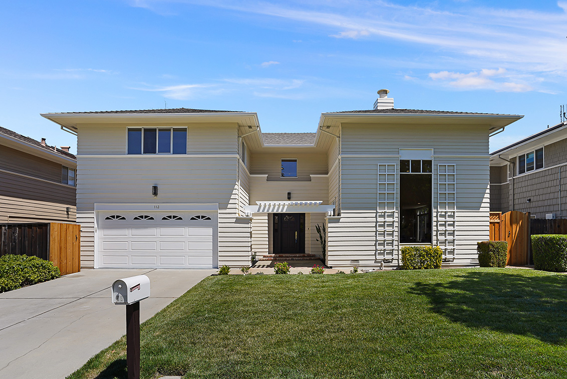 112 Sleeper Ave - Mountain View Real Estate