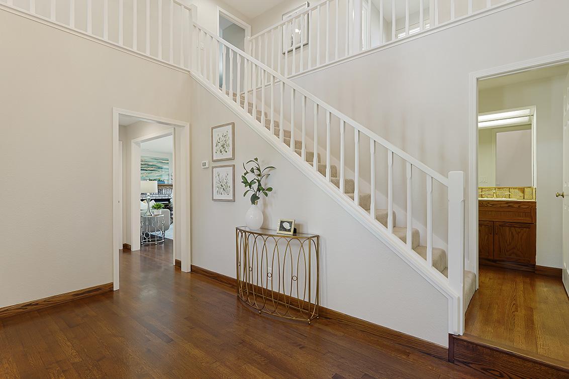 Stairs (B) - 112 Sleeper Ave