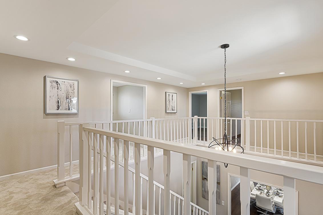 Upstairs Passageway (A) - 112 Sleeper Ave