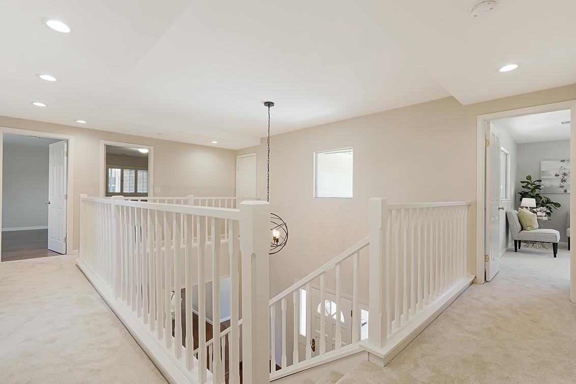 Upstairs Passageway (B) - 112 Sleeper Ave