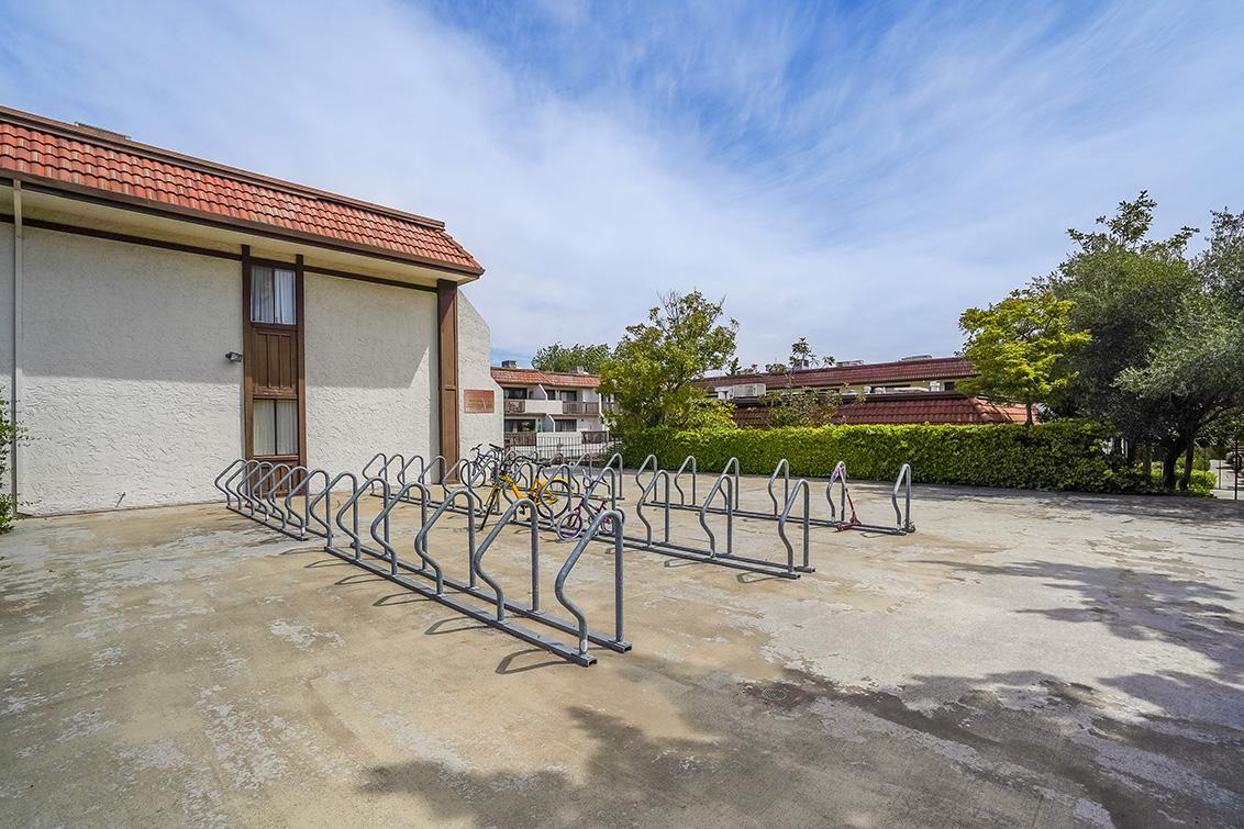 Bike Parking (A)