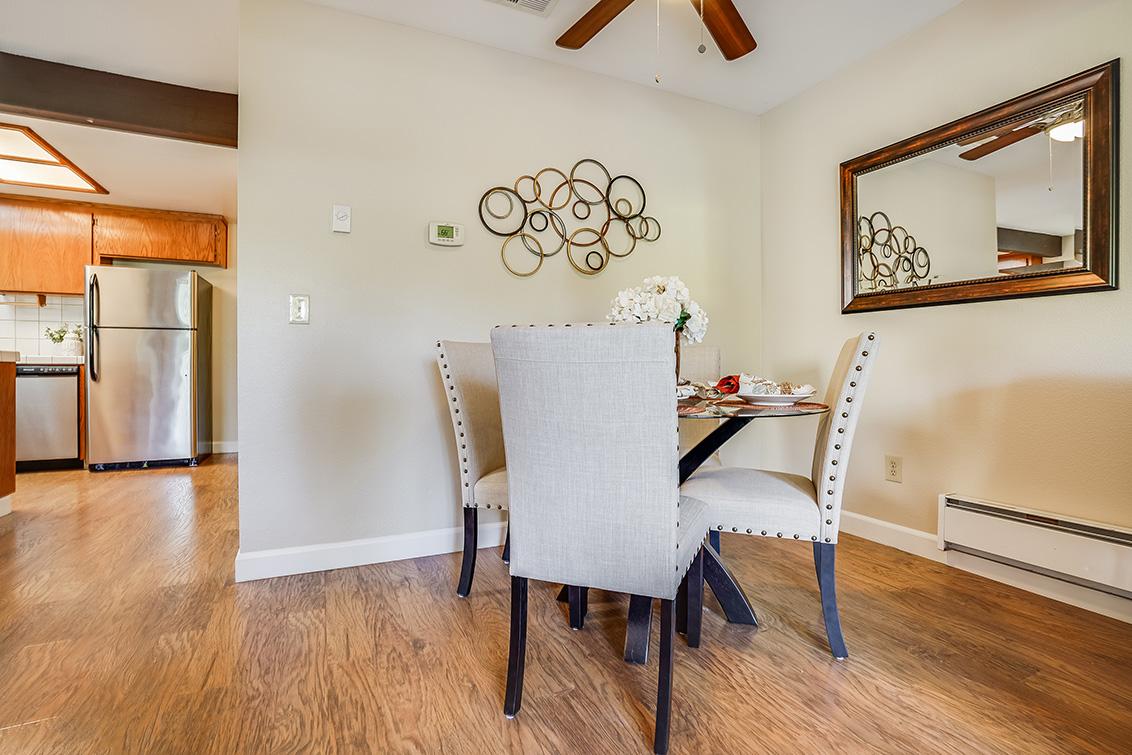 Dining Room (A) - 7285 Via Vico