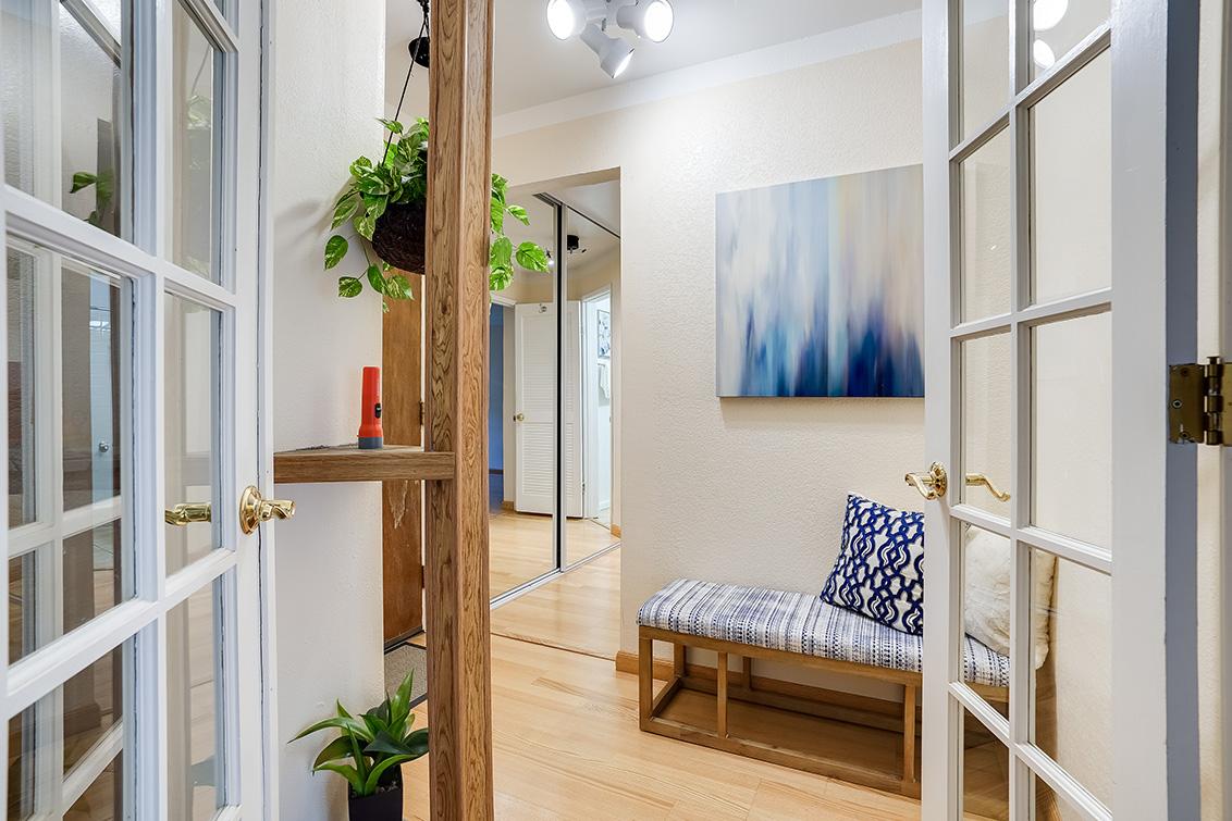 Entrance Living Room