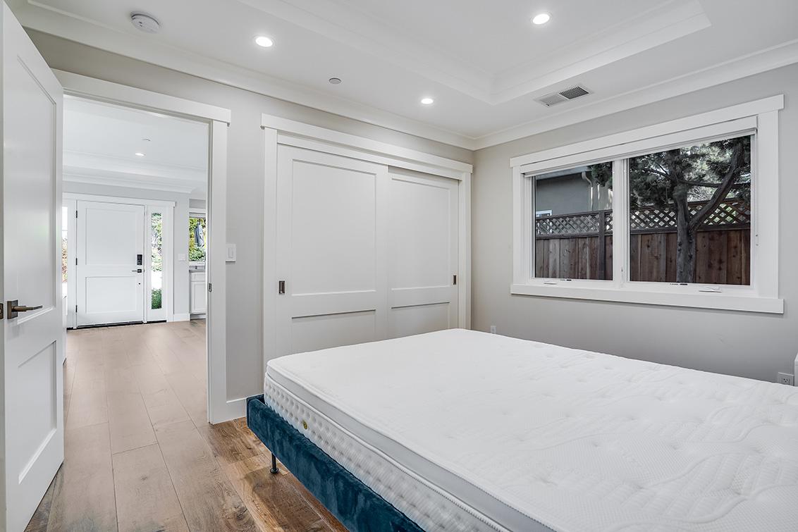 Adu Bedroom (D)